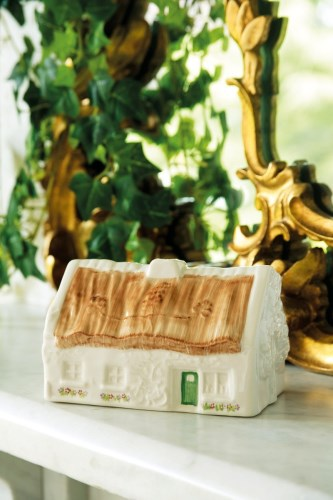 Belleek China The Quiet Man Cottage Votive