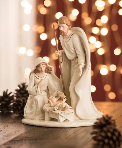 Irish Belleek Holiday Christmas Nativity Large