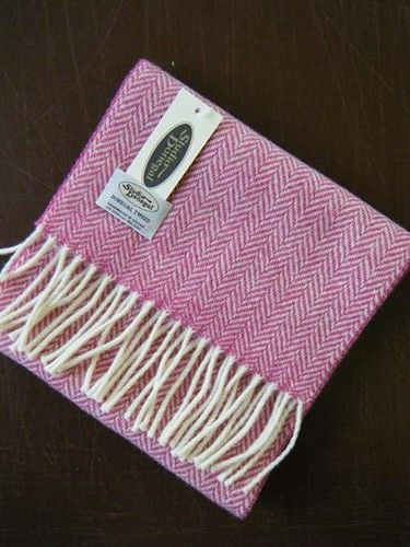 Studio Donegal Tweed Scarf Candy Pink